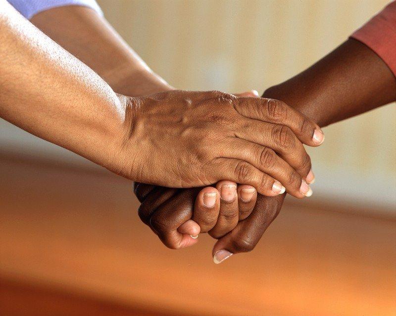 טיפול במשפחות מהמרים